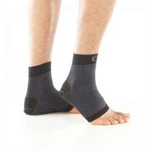 Neo G Plantar Fasciitis Everyday Support Socks